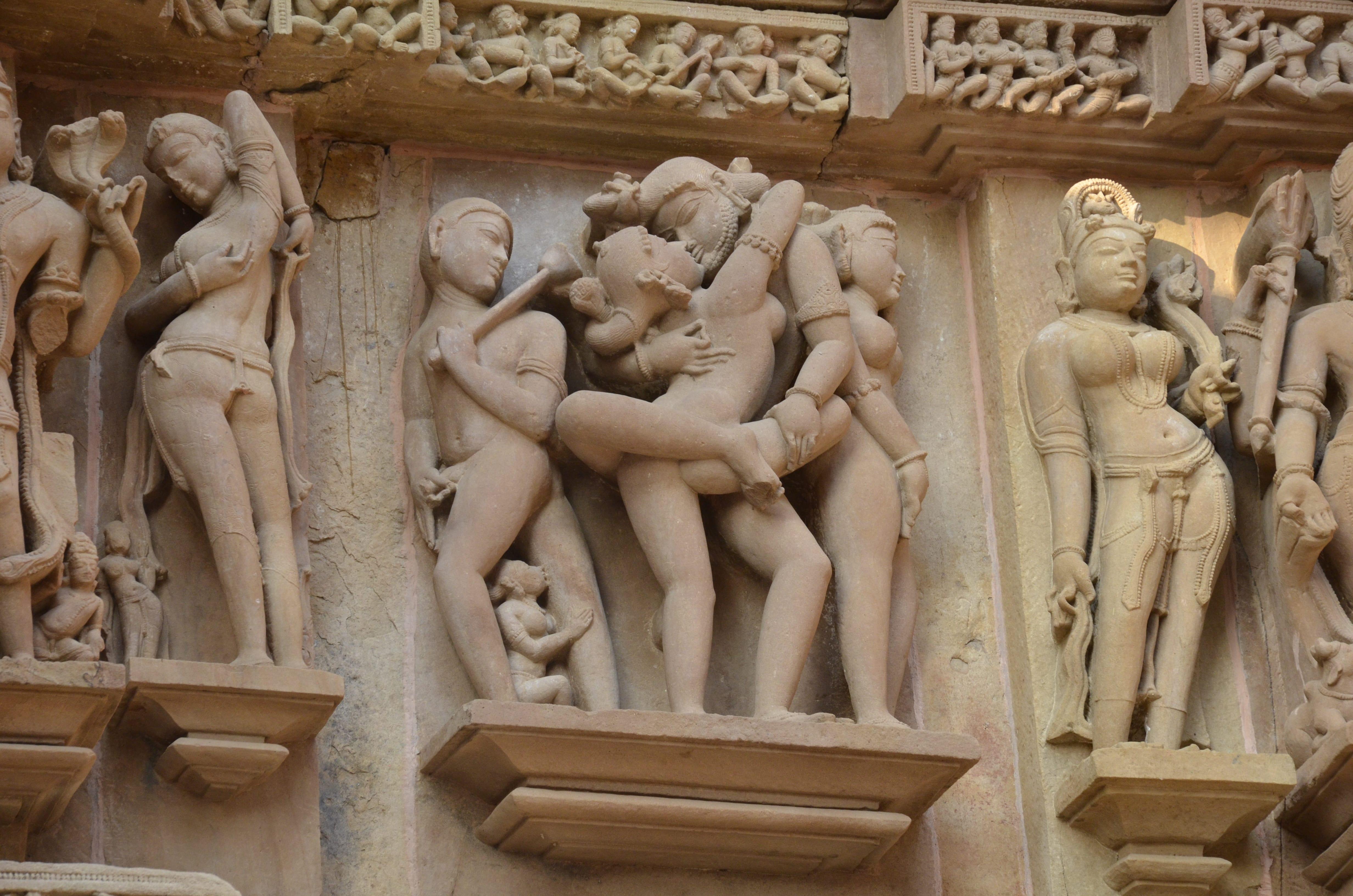Посмотреть indiyskoe erotika 26 фотография