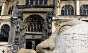 Paris: Art and Decoration around every corner
