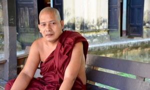 Buddhist Monks in Myanmar: Living in an Economy of Generosity